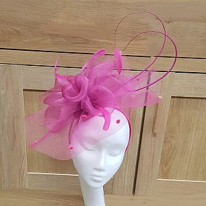 Large Crin Fascinator with Quills - Pink