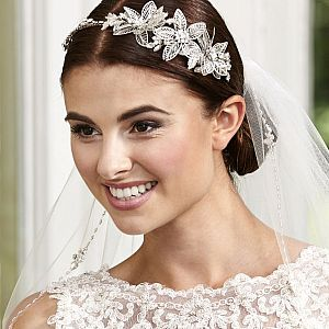 Lace Effect Flower Side Tiara