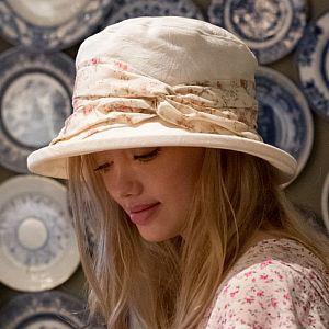Cream Damask Summer Hat with Vintage Floral Band