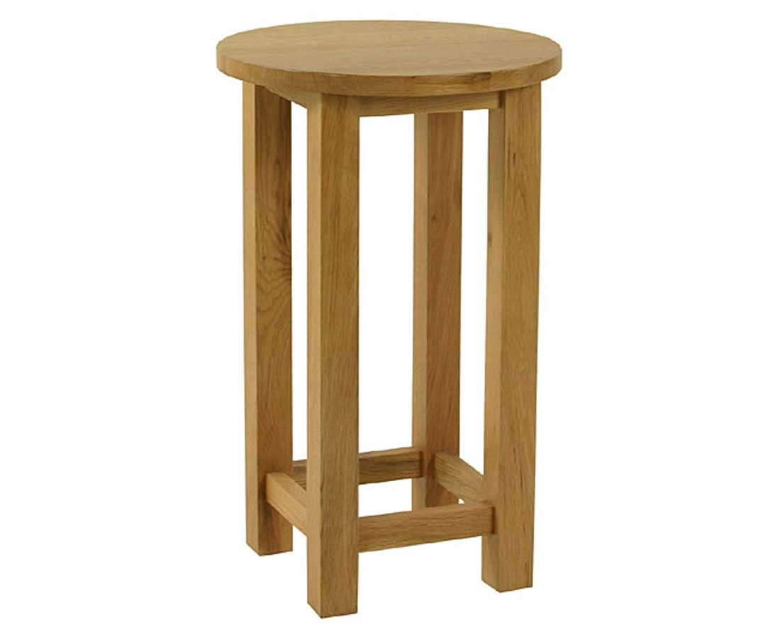 Essentials Oak Small Round Lamp Table: Dining Room ...